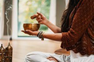 Conecta con el sonido de tu cuerpo y mete